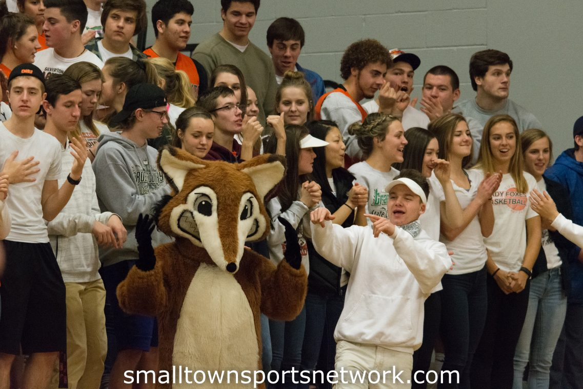 Silverton Foxes Improve to 11-1 in League With Win Over Lebanon Warriors