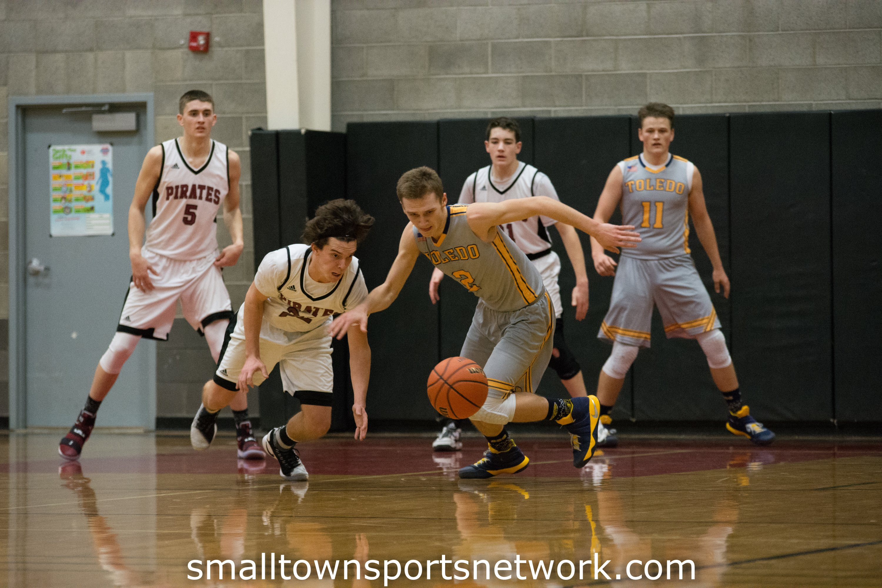 Perrydale Wins Close One With Toledo