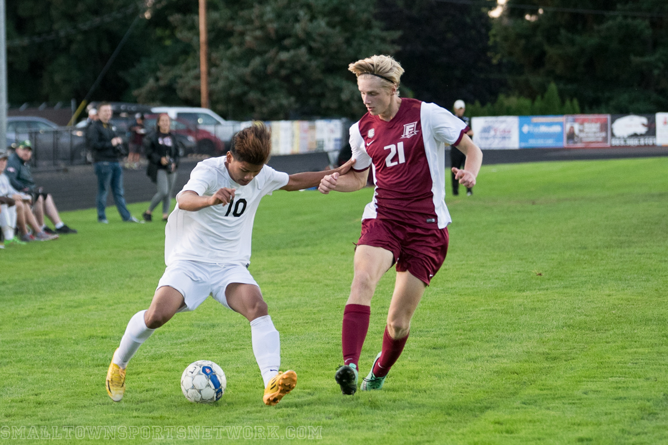 Centennial and Franklin End in Tie