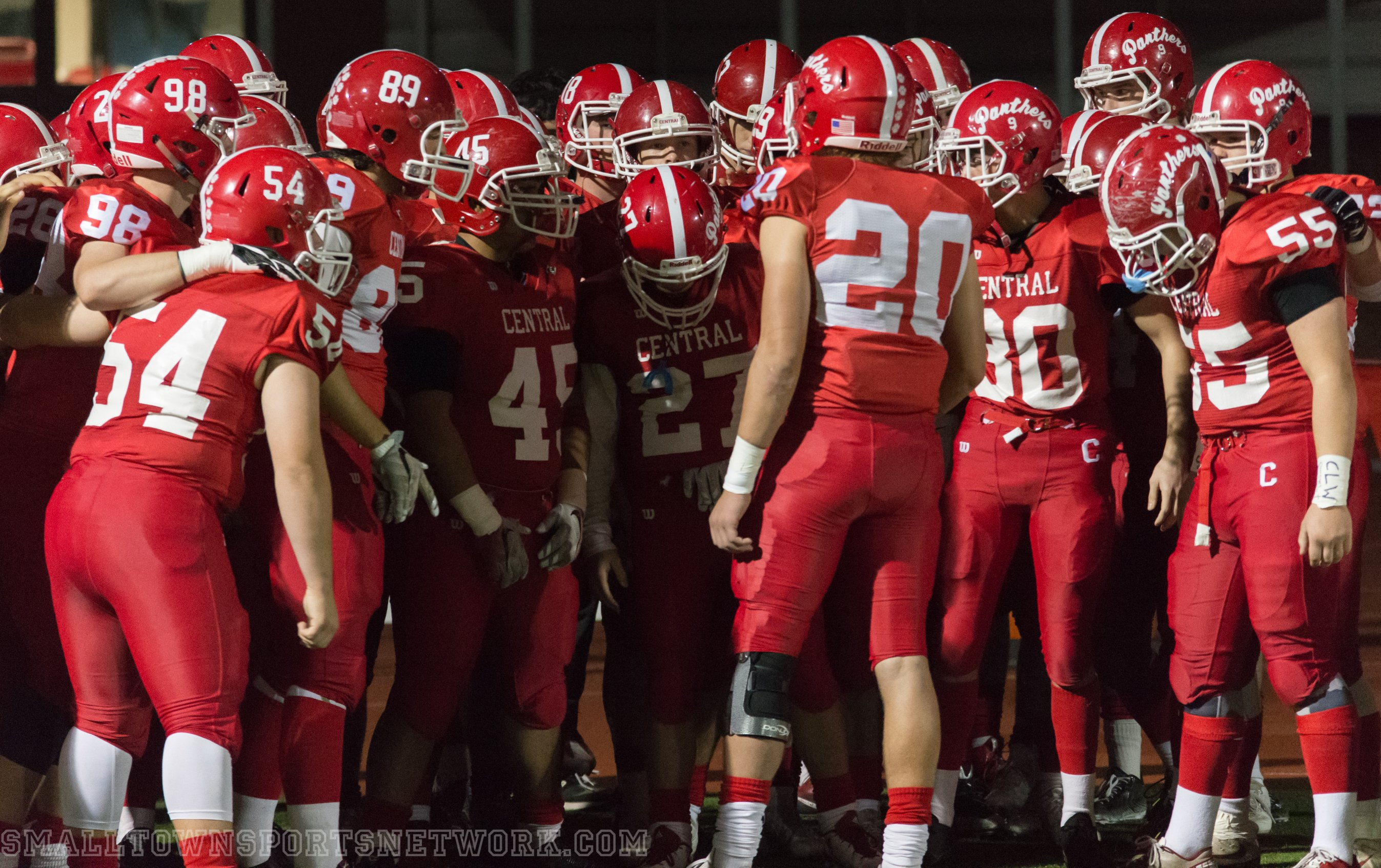 Central Advances in 5A Playoffs After Win Over Redmond