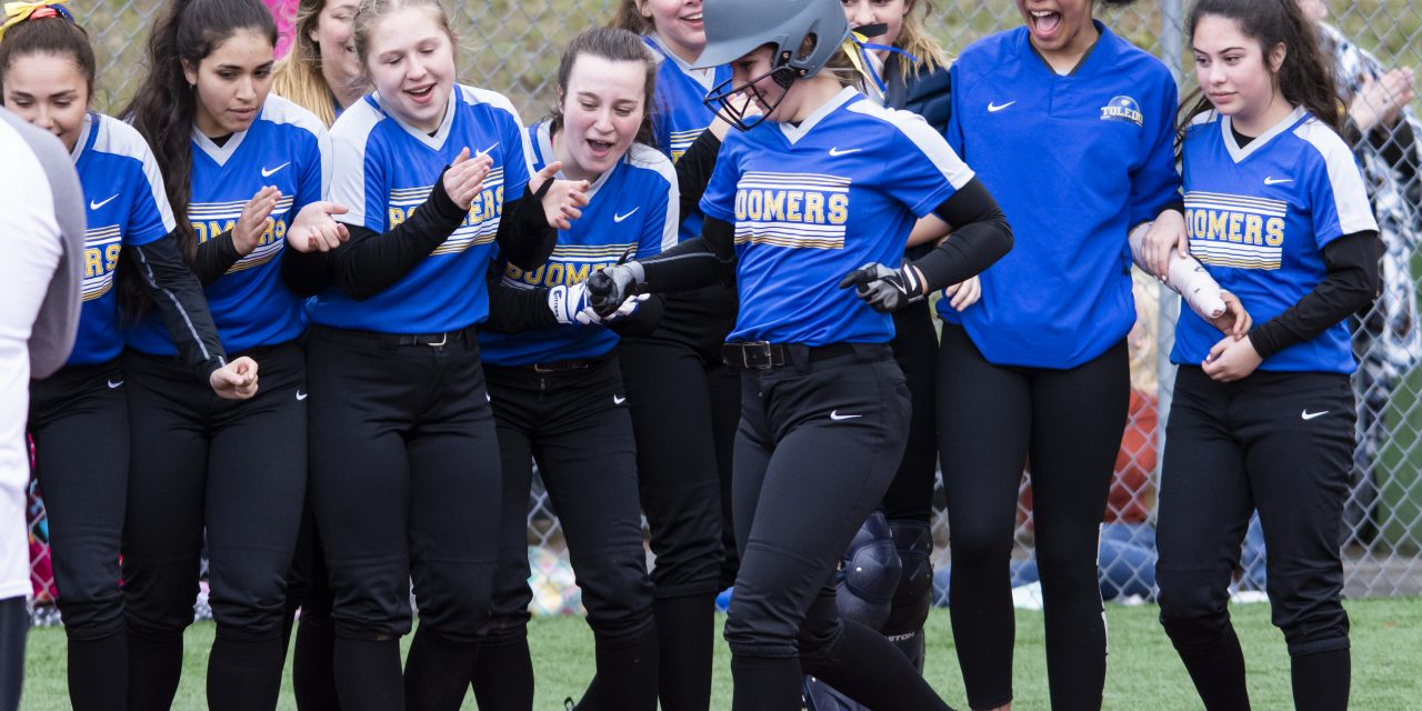 Toledo Remains Undefeated With Win Over Central Linn
